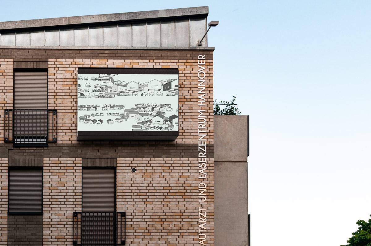 Film auf Videowall an Fassade